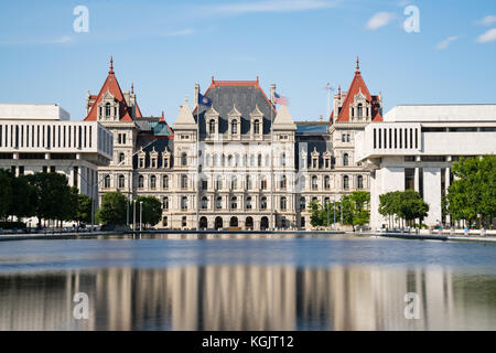 New York State Capitol Building auf der Empire State Plaza in new york Albany. - Stockfoto