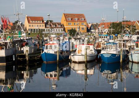 Fischerboote im Hafen, Gilleleje, Kattegat Coast, Neuseeland, Dänemark, Europa - Stockfoto