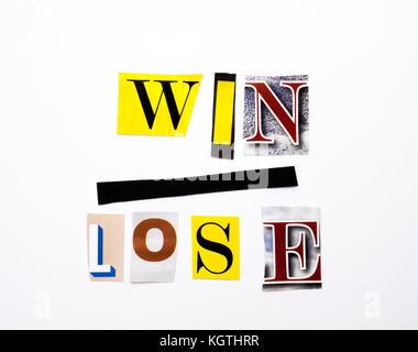 Ein Wort Schreiben von Text, Konzept der gewinnen verlieren verschiedener Magazin Zeitung schreiben für Business - Stockfoto