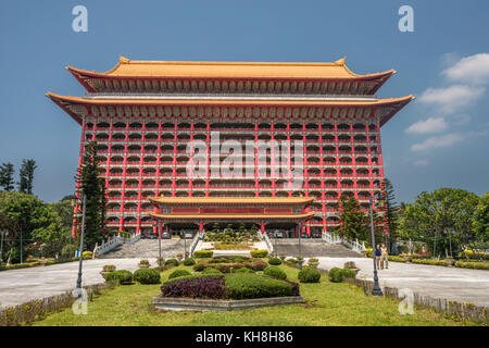 Taiwan, Taipei City, Grand Hotel *** local Caption *** Architektur, groß, chinees, bunt, grand hotel, Hotel, keine - Stockfoto