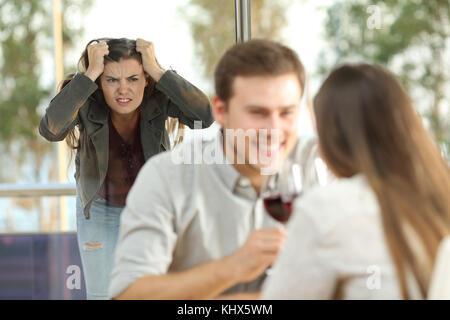 Affare flirtet mit anderen frauen
