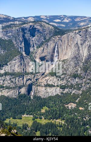 Half Dome, ein wenig Yosemite Valley, Liberty cap, Nevada fällt und Vernal Falls - Stockfoto