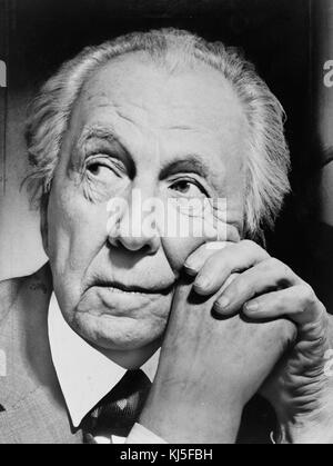 Frank Lloyd Wright (geb. Frank Lincoln Wright, Juni 8, 1867 - 9. April 1959) war ein US-amerikanischer Architekt, - Stockfoto