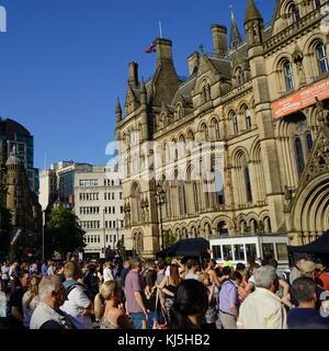 Vigil am Rathaus von Manchester, in den Tagen nach dem 22. Mai 2017, Selbstmord, an der Manchester Arena in Manchester, - Stockfoto