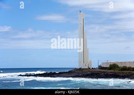 Faro de Punta del Hidalgo, futuristischen Leuchtturm von Punta del Hidalgo, im Norden der Insel, Teneriffa, Kanarische - Stockfoto