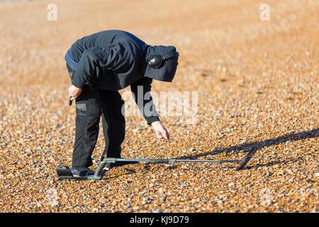 Hastings, East Sussex, Großbritannien. November 2017. Wetter in Großbritannien. Hell und sonnig mit bewölkten Intervallen, - Stockfoto