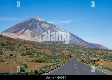Pico del Teide, 3718 m, der höchste Berg auf spanischem Territorium und UNESCO-Weltkulturerbe, Teneriffa, Kanarische - Stockfoto