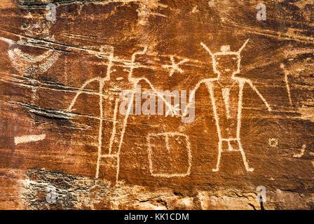 Indianische Felszeichnungen, Fremont Stil, in Dry Fork Canyon, McConkie Ranch, in der Nähe von Vernal, Utah, USA - Stockfoto