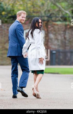 London, Großbritannien. 27. November 2017. Seine königliche Hoheit Prinz Harry und Ms Meghan Markle Verlassen der - Stockfoto