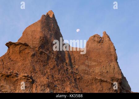 Mond über Badlands, Badlands National Park, Sd - Stockfoto
