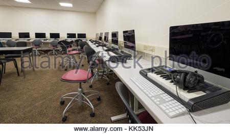 Musik mit dem Computer Labor in der unteren Ebene der Alden Memorial Auditorium, Worcester Polytechnic Institute, - Stockfoto