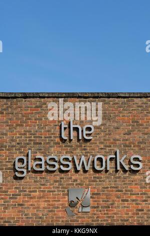 Die Glashütte Zeichen, Mill Bay, Folkestone, Kent, England, Großbritannien - Stockfoto
