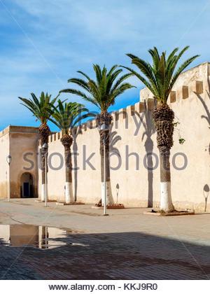 Marokko, Marrakesh-Safi (Marrakesh-Tensift-El Haouz) Region, Essaouira. 18. Jahrhundert Stadtmauer Stadtmauer. - Stockfoto