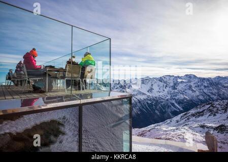 Österreich, Tirol, Sölden, gaislachkogl otztal Ski Mountain, gaislachkogl Gipfel, Höhe 3059 m, Eis q Gourmet Restaurant, - Stockfoto