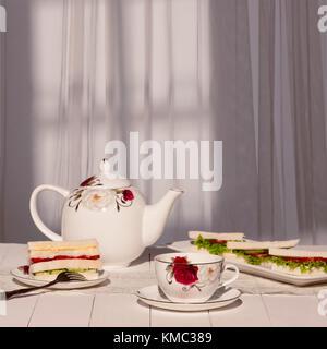 Nachmittags Tee. Tee mit Sandwiches - Stockfoto