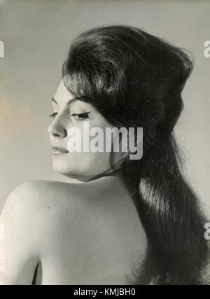 Modell - Schauspielerin aus den 1960er Jahren posing - Stockfoto