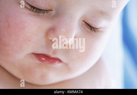 Gesicht Detail der schlafenden Baby Boy - Stockfoto