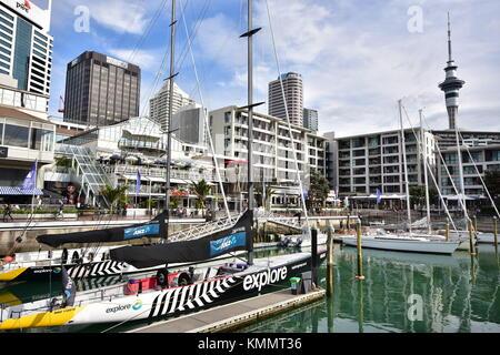 Auckland Viaduct Basin mit charter segeln Schiffe zu den Touristen zur Verfügung. - Stockfoto