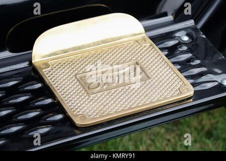 Ford Motor Company Fußplatte auf Running Board von Classic Car - Stockfoto