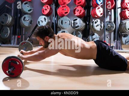 Barbell abdo Mann workout Fitness im Gewichtheben Gym. - Stockfoto