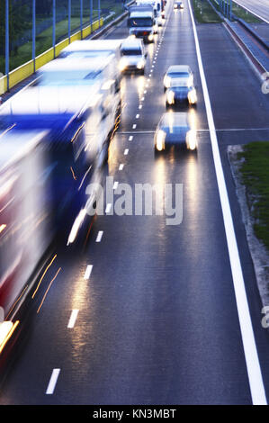 Kontrollierter Zugang Autobahn in Poznan, Polen. - Stockfoto