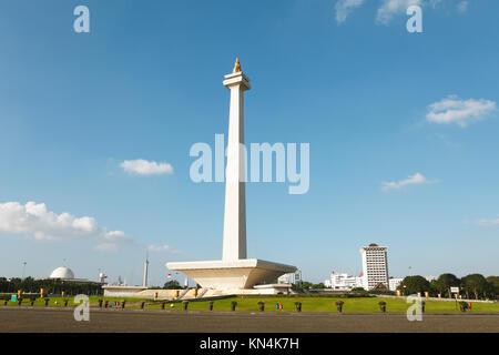 Nationaldenkmal Monas am Freiheitsplatz, monumen Nasional, Jakarta, Java, Indonesien - Stockfoto