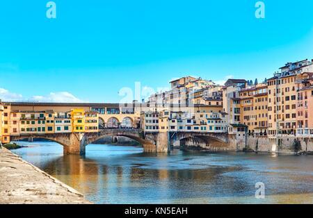 Ponte Vecchio, Arno - Florenz.
