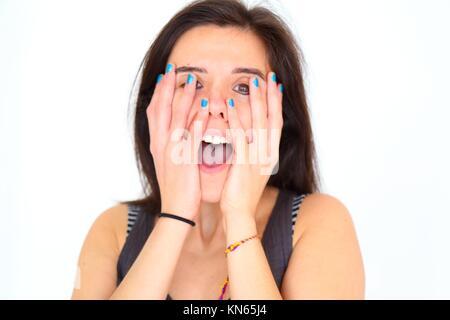Surptised Mädchen zeigen Ihr lackierte Nägel. - Stockfoto