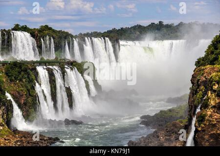 Devil's Throat in Iguazu Wasserfälle, eines der neuen Sieben Weltwunder der Natur, Argentinien. - Stockfoto