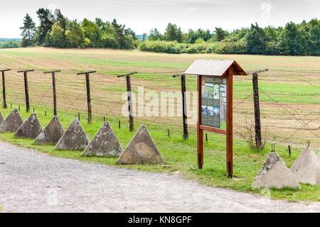Reste des Eisernen Vorhangs, Cizov, Tschechische Republik. - Stockfoto