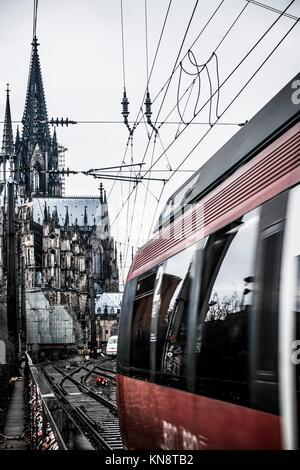 Bahnhof in Köln Deutschland Europa. - Stockfoto