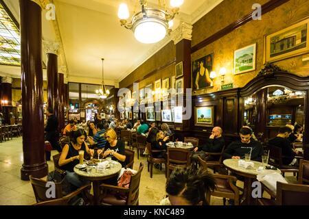 Café Tortoni, 825 de La Avenida de Mayo, Buenos Aires, Argentinien - Stockfoto