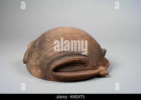 Frosch Schüssel. Datum: 14.-16. Jahrhundert; Geographie: United States, Ohio; Kultur: Bewohner; Medium: Keramik; - Stockfoto