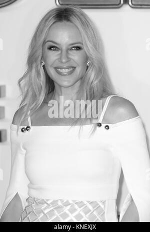 LONDON - Sept 18, 2017: Kylie Minogue besucht die Kingsman: Der goldene Kreis Weltpremiere im Odeon Leicester Square - Stockfoto