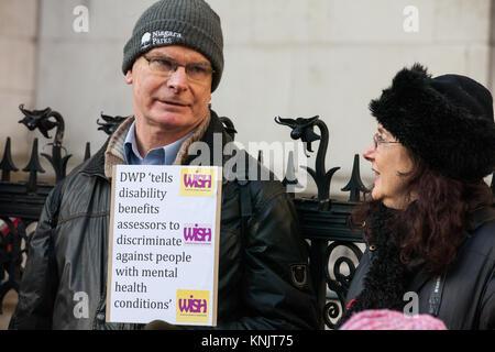 London, Großbritannien. 12 Dez, 2017. Die Befürworter von behinderten Menschen gegen Sozialabbau (DPAC), Psychische - Stockfoto