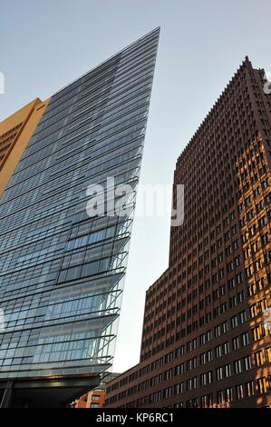 Kollhoff-Tower und Forum Tower am Potsdamer Platz. Berlin, Deutschland - Stockfoto