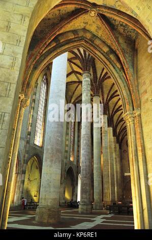 Die gotische Kirche der Jakobiner, XIII Jahrhundert. Das kirchenschiff. Toulouse, Haute-Garonne, Occitanie Region, - Stockfoto