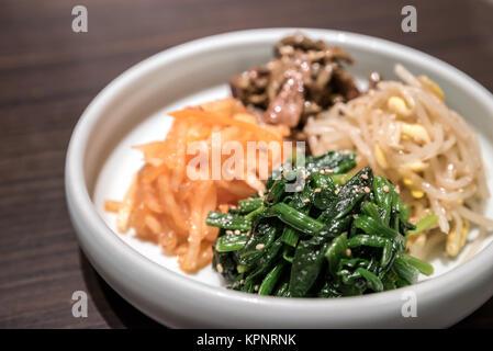 Koreanische haltbar gemacht Gemüse - Stockfoto