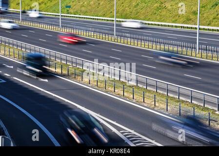Sechs Lane gesteuert - Zugang Autobahn in Polen - Stockfoto