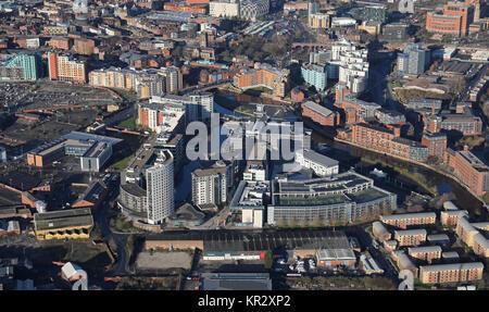 Luftaufnahme von Leeds Dock, ehemals Clarence Dock, Wohnungen und Geschäfte, Leeds, Großbritannien - Stockfoto