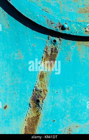 Alte industrielle Faulen rostigem Eisen Wand geschlossen - Stockfoto