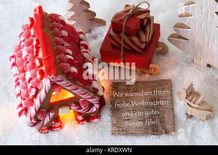 Etikett mit deutschem Text Wir wuenschen Frohe Weihnachten und ...
