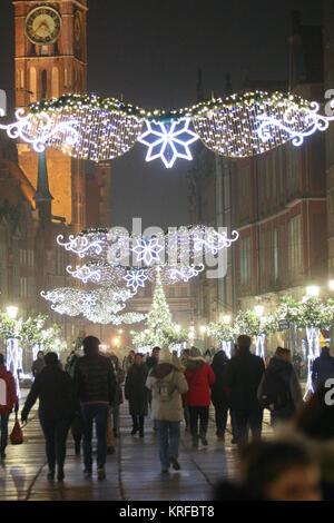 Weihnachtsbaum Kaufen Essen.Danzig Polen 19 Dezember 2017 Weihnachtsbeleuchtung Und