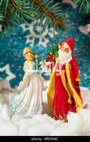 russische weihnachten zeichen ded moroz v terchen frost und snegurotschka schneewittchen. Black Bedroom Furniture Sets. Home Design Ideas