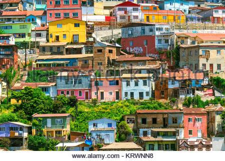 Bunte Häuser von Valparaiso - Stockfoto