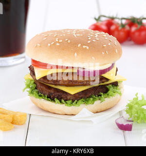 Double Cheeseburger Hamburger Burger Menü Menü Menue Cola Getränk Fast Food - Stockfoto