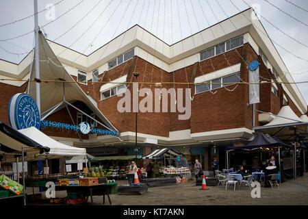 Eingang zum Swan Einkaufszentrum in Kidderminster, Worcestershire, die im Herzen der Stadt - Stockfoto