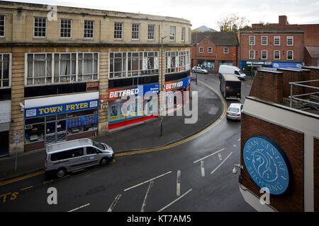 Eingang zum Swan Einkaufszentrum Parkplatz in Kidderminster, Worcestershire, die im Herzen der Stadt - Stockfoto