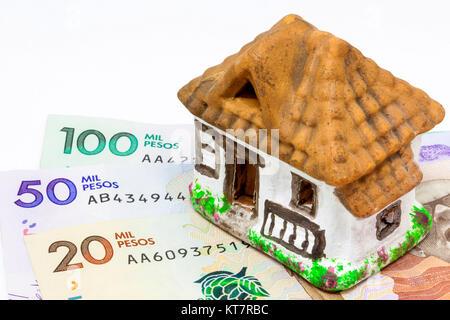 Spart Geld (Pesos), das Haus meiner Träume kaufen - Stockfoto