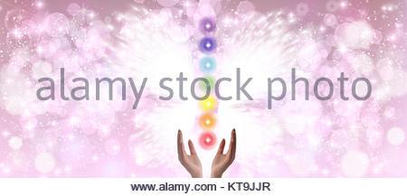 Heilende Hände und sieben Chakren - Stockfoto